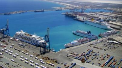 """Grecii nu cunosc sloganul """"nu ne vindem țara"""": Pachetele majoritare de acțiuni pentru patru porturi, oferite investitorilor străini"""