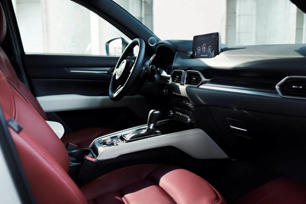 Mazda 100 ani - CX-5 Interior