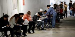 Studiu: Nouă din zece retaileri de produse nealimentare au aplicat pentru şomajul tehnic