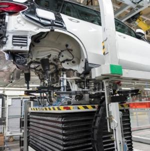 Oficial BMW: Cel mai bun lucru pentru mașinile electrice este ca ele să se deplaseze cu bateriile încărcate între 30%  și 80%