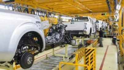 Nissan își va reduce și mai mult prezența în Europa externalizând o parte din activitatea sa către Renault
