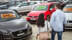 Pandemia favorizează achizițiile de mașini de ocazie