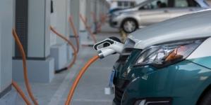 Cota de piață a mașinilor electrificate va urca la 15% în 2021