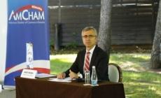 Semnal alarmant: 44% dintre companiile membre AmCham ar putea reduce numărul de angajaţi