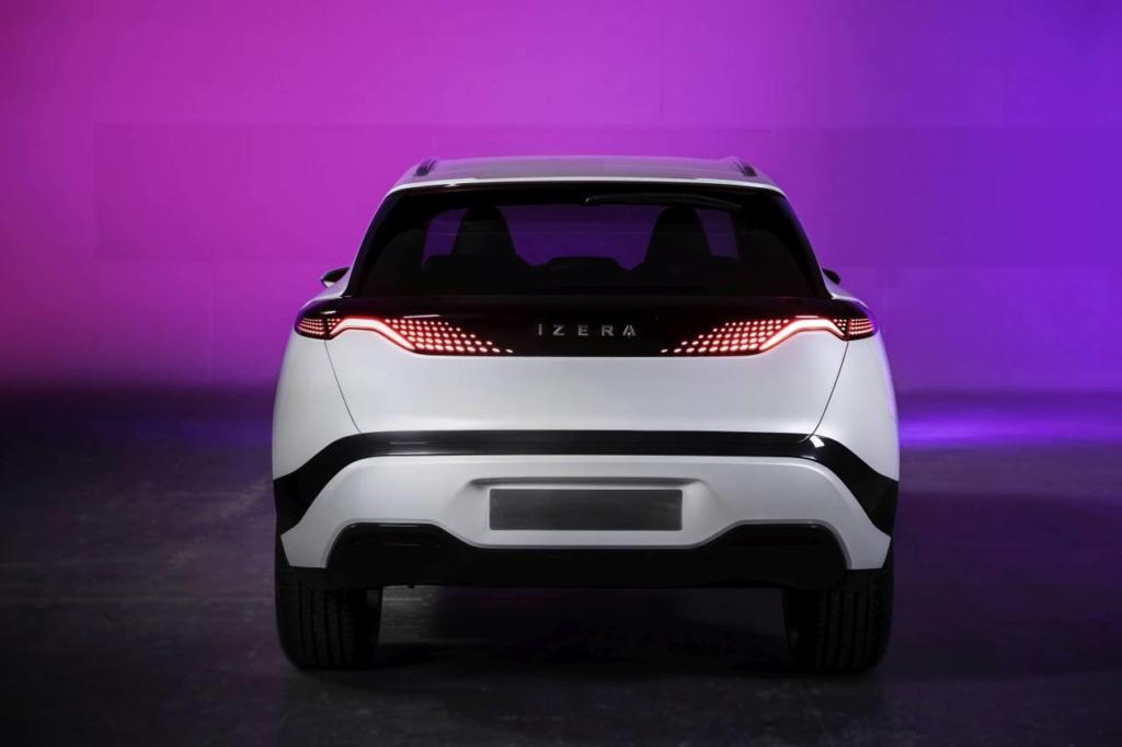 Izera Polonia mașina electrică