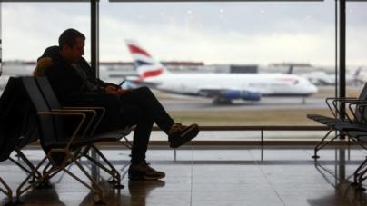 Românii rămân pe lista celor care trebuie să se autoizoleze la sosirea în Marea Britanie