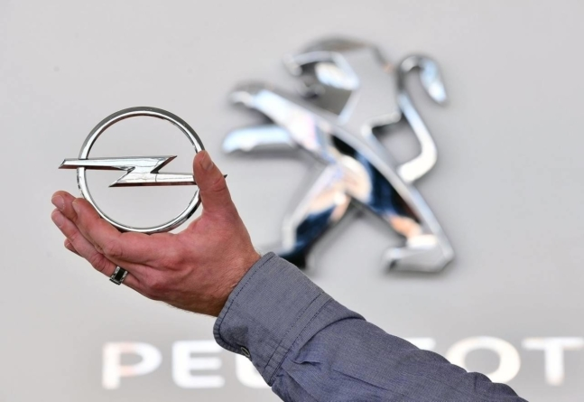 Consiliul Concurenţei a autorizat tranzacţia prin care Trust Motors preia reprezentanța Opel Automotive