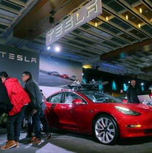 Tesla a dat lovitura în Asia: vânzări în creștere și lungi liste de așteptare