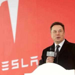 Tesla, mai valoroasă decât Facebook. Elon Musk, cel mai bogat om de pe planetă