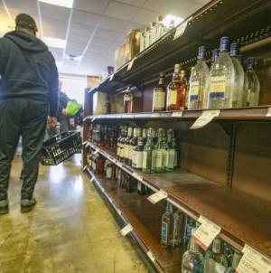 România, departe de vârful clasamentului vânzărilor de băuturi alcoolice, înregistrează cea mai mare creștere