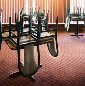 Se închid restaurantele, cafenelele, sălile de spectacole şi de jocuri de noroc din Ilfov