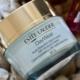 Estée Lauder, gata să plătească 1 mld. USD pentru a controla Deciem Beauty Group