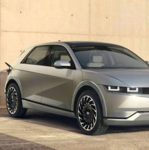 Hyundai a prezentat noul Ioniq 5, un SUV electric cu o autonomie maximă de 480 km