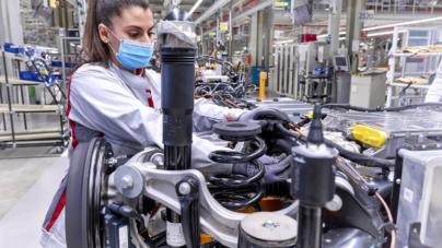 Audi a început producția Q4 e-tron la uzina Volkswagen din Zwickau