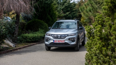 Primele Dacia Spring au ajuns la clienții români. În octombrie vor fi livrate 1.600 de unități