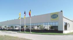 Acționarii Hella, furnizor de componente auto cu activități și în România, vor să vândă 60% din companie
