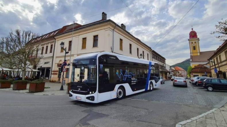ATP a lansat oficial autobuzul electric românesc e-UpCity, urmare a unei investiții de 25 mil. euro