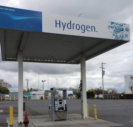 Constructorii de camioane solicită amplasarea a cel puțin cinci stații de alimentare cu hidrogen în România