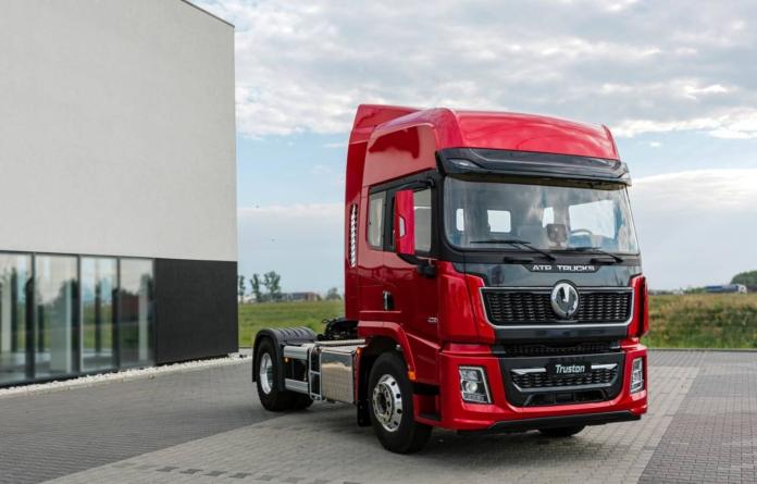ATP Trucks Automobile din Baia Mare lansează un nou vehicul, dar și un facelift al camionului Truston