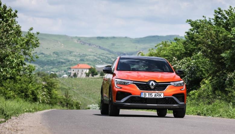 TEST Renault Arkana: Hibrid în toate privințele