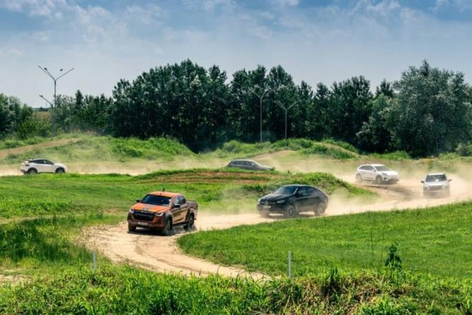 Festivalul SUV-urilor, pe 24 și 25 iulie la câțiva pași de București