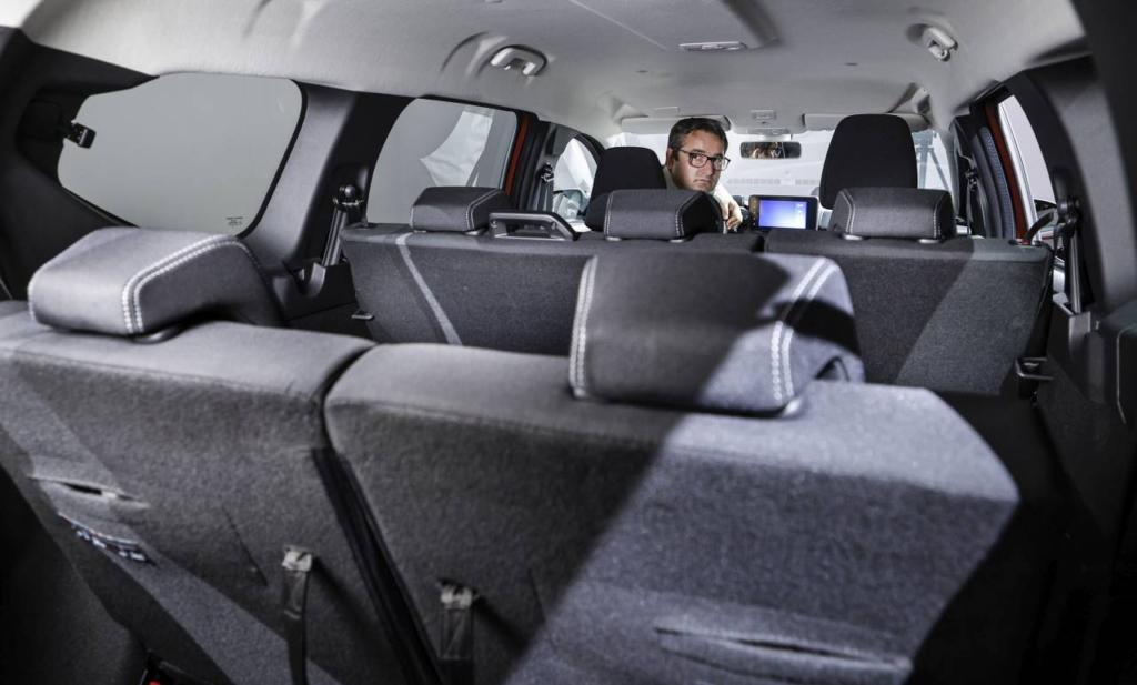 Dacia Jogger - (c) LifeNews (5)